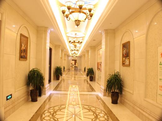 酒店大厅走廊