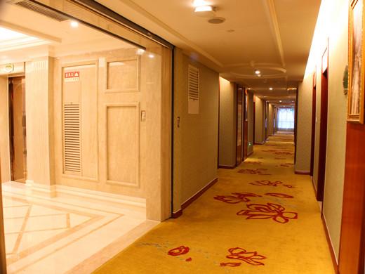 酒店客房走廊
