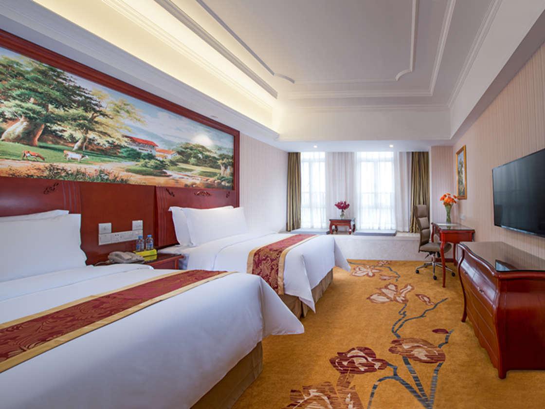 酒店拥有全新标准单人/双人房
