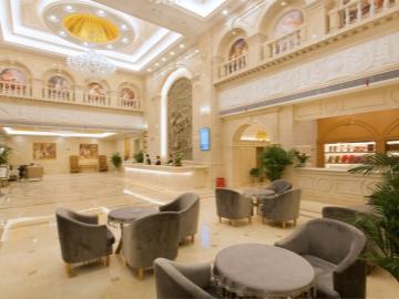 酒店大堂休息区
