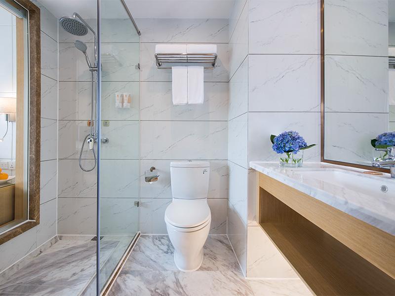 套房沐浴间