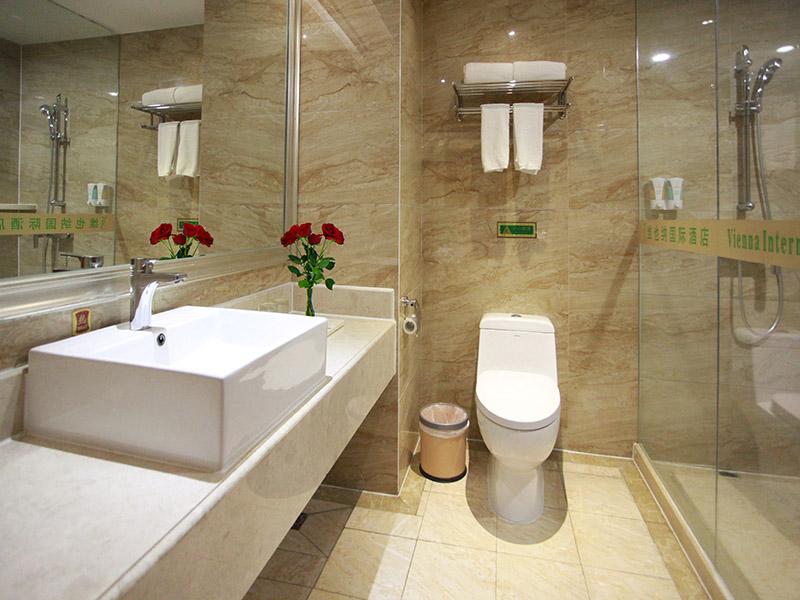 商务双床房-卫生间