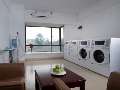 多功能洗衣房